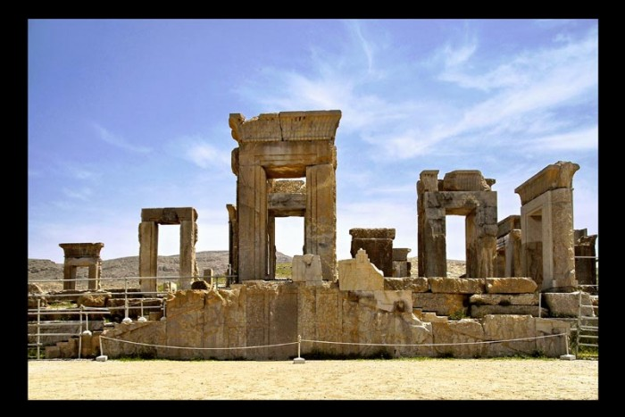 ___Persepolis____by_Achaemenian